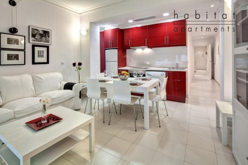 Blanc Apartment, 2 bedroom Gracia apartment - Image 1 - Barcelona - rentals