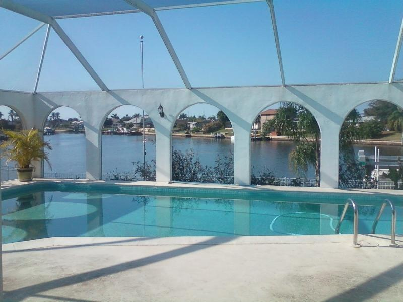 Dolphin Bay - Image 1 - Cape Coral - rentals