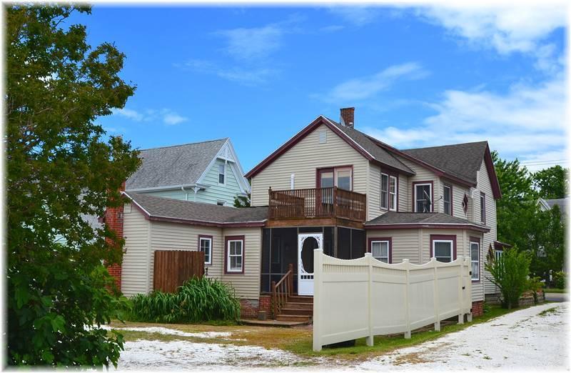 Shore Beats Work - Image 1 - Chincoteague Island - rentals