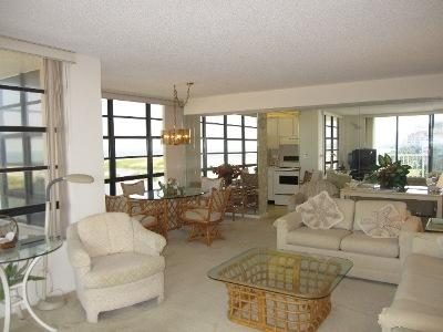 Living Room - SST3-811 - South Seas Tower - Marco Island - rentals