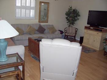 living room - 706 North Shore - Anna Maria - rentals