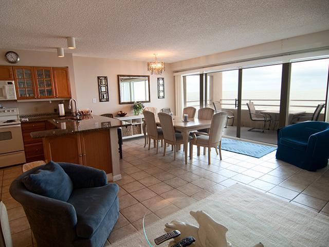 Dining Room - Coquina Beach Club 103 - Bradenton Beach - rentals