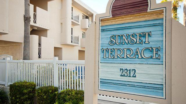 Exterior - Sunset Terrace - Bradenton Beach - rentals