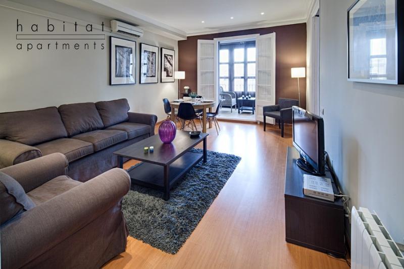 Lauria Veranda apartment, Brand new 3 bedroom - Image 1 - Barcelona - rentals