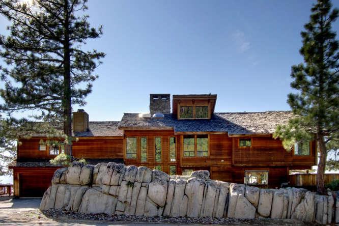 Front Exterior - Ledge Lakeview Lodge - South Lake Tahoe - rentals