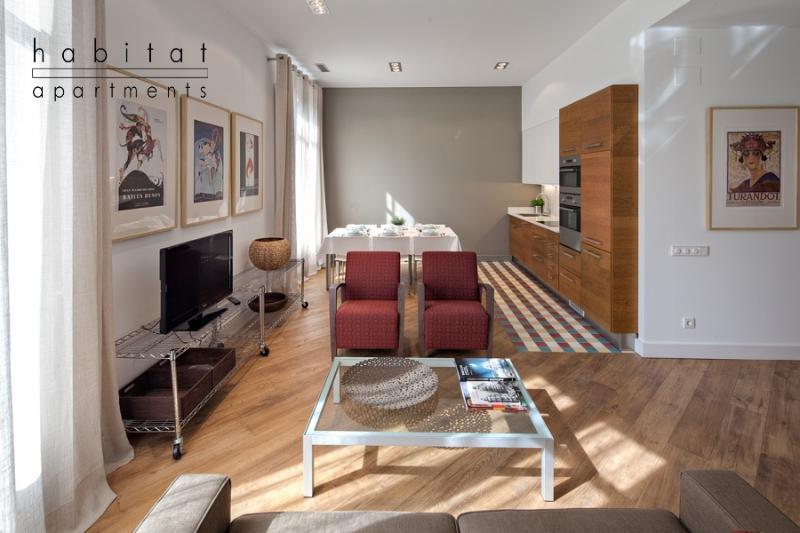 Rambla Deluxe B apartment - Image 1 - Barcelona - rentals