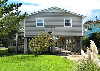 CH253- Happy Our's; SOUNDFRONT & LOVELY INTERIOR - Image 1 - Kill Devil Hills - rentals