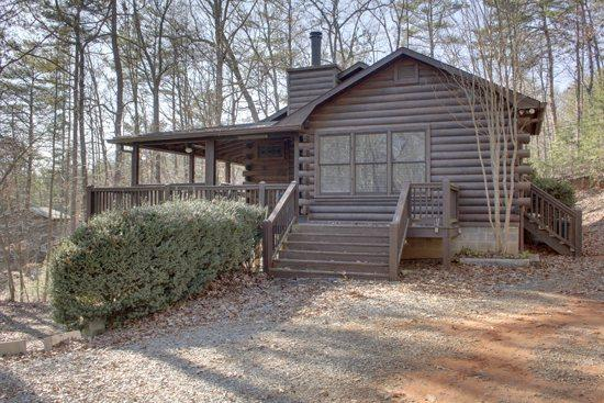 OUTSIDE VIEW - BLUEBERRY HILL- WOODED 3BR/2.5BA CABIN, HOT TUB, WOOD BURNING FIREPLACE IN LIVING ROOM AND MASTER, CHARCOAL GRILL, PET FRIENDLY, SLEEPS 7, ONLY $99 A NIGHT! - Blue Ridge - rentals
