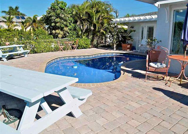 Paradise Home - Image 1 - Saint Pete Beach - rentals