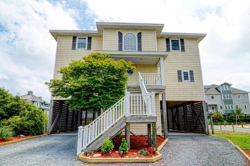 380 Hampton Colony - Hampton Colony 380 Oceanfront-B Lot! | Community Pool, Hot Tub, Internet, Wedding Friendly, Jacuzzi  Discounts Available- See Description!! - North Topsail Beach - rentals
