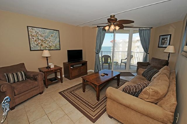 Living Room - St. Regis 2502 Oceanfront! | Indoor Pool, Outdoor Pool, Hot Tub, Tennis Courts, Playground - North Topsail Beach - rentals