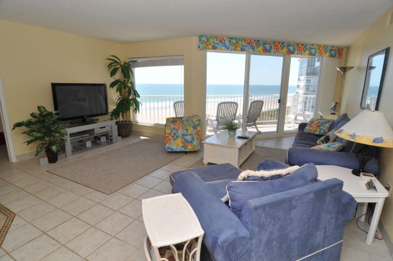 Living Room - St. Regis 3406 Oceanfront! | Indoor Pool, Outdoor Pool, Hot Tub, Tennis Courts, Playground Discounts Available- See Description!! - North Topsail Beach - rentals