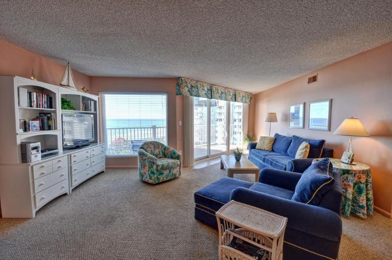 Living Room - St. Regis 3306 Oceanfront! | Indoor Pool, Outdoor Pool, Hot Tub, Tennis Courts, Playground - North Topsail Beach - rentals