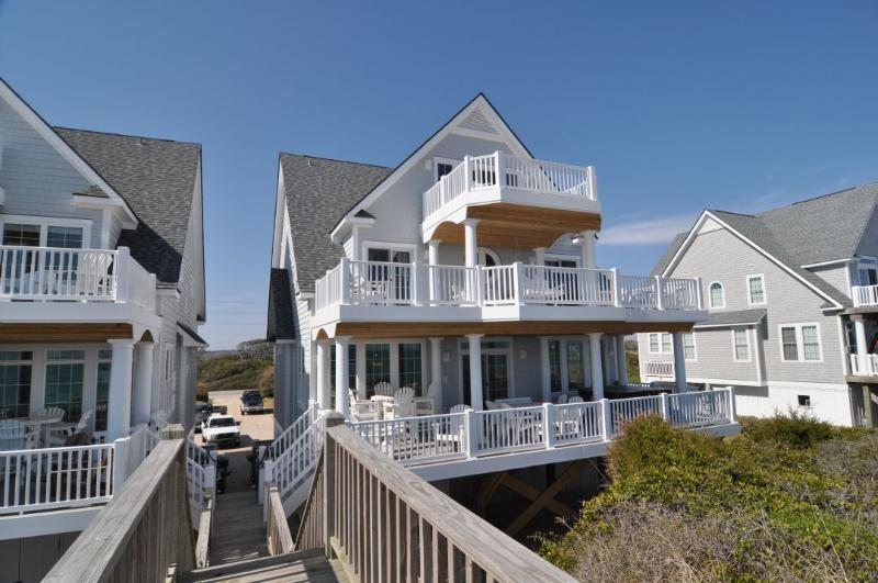 4268 Island Dr - Island Drive 4268 Oceanfront! | Internet, Community Pool, Hot Tub, Elevator, Game Equipment, Jacuzzi, Fireplace Discounts Available- See Description!! - North Topsail Beach - rentals