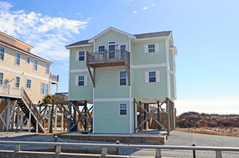 1316 New River Inlet Road - New River Inlet Rd 1316 Oceanfront! | Internet, Fireplace - North Topsail Beach - rentals