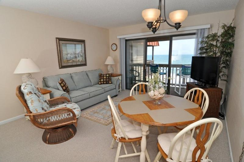 Living Area - Topsail Dunes 1310 Oceanfront! | Community Pool, Tennis Courts, Grill Area - North Topsail Beach - rentals