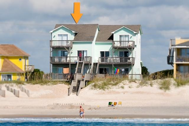 3960 Island Drive - Island Drive 3960 Oceanfront! | Internet, Jacuzzi, Fireplace - North Topsail Beach - rentals