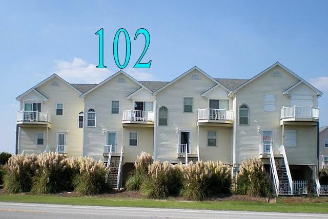 Head - Calinda Cay 102 Oceanview! | Community Pool, Pet Friendly - North Topsail Beach - rentals