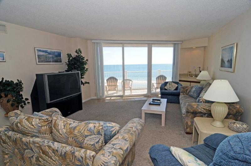 Living Room - St. Regis 2308 Oceanfront! | Indoor Pool, Outdoor Pool, Hot Tub, Tennis Courts - North Topsail Beach - rentals
