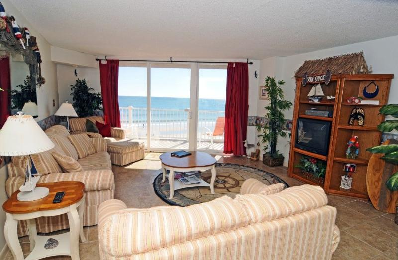 Living Room - St. Regis 3207 Oceanfront! | Indoor Pool, Outdoor Pool, Hot Tub, Tennis Courts, Playground - North Topsail Beach - rentals