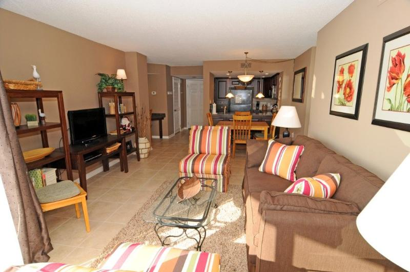 Living, Dining, Kitchen - St. Regis 2213 Oceanfront!   Indoor Pool, Outdoor Pool, Hot Tub, Tennis Courts, Playground - North Topsail Beach - rentals