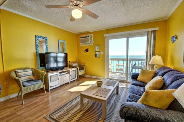 Living Room - Topsail Reef 226 Oceanfront! | Building 3, Floor 2, Tennis Courts, Grill Area, Internet, Point Unit - North Topsail Beach - rentals