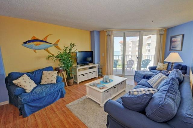 Living Room - St. Regis 2402 Oceanfront! | Indoor Pool, Outdoor Pool, Hot Tub, Tennis Courts, Playground - North Topsail Beach - rentals