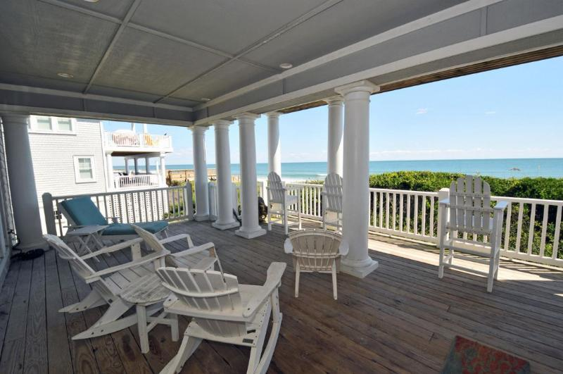 Covered Oceanfront Deck - Island Drive 4346 Oceanfront! | Internet, Community Pool, Jacuzzi - North Topsail Beach - rentals