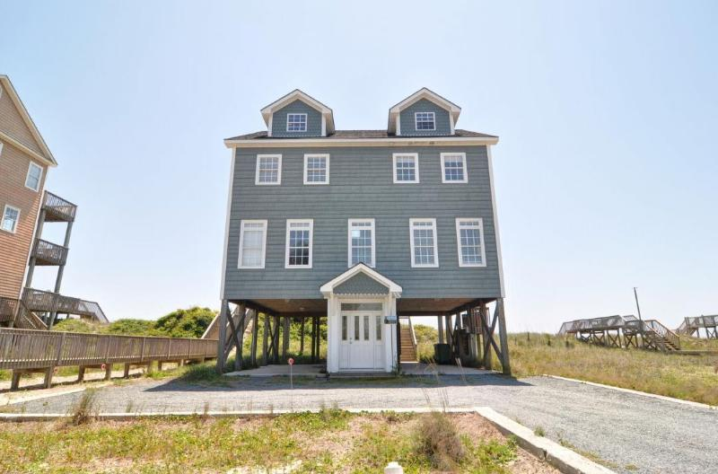 4456 Island Dr - Island Drive 4456 Oceanfront! | Jacuzzi, Internet - North Topsail Beach - rentals