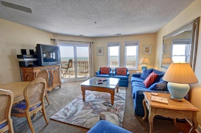 Living Room - Villa Capriani 113-A Oceanfront! | 3 Pools, Largest Pool on NC Coast, 2 Hot - North Topsail Beach - rentals