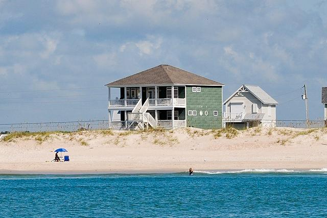 I'm on a boat! - New River Inlet Rd 880 Oceanfront! | Fireplace, Hot Tub, Wedding Friendly - North Topsail Beach - rentals