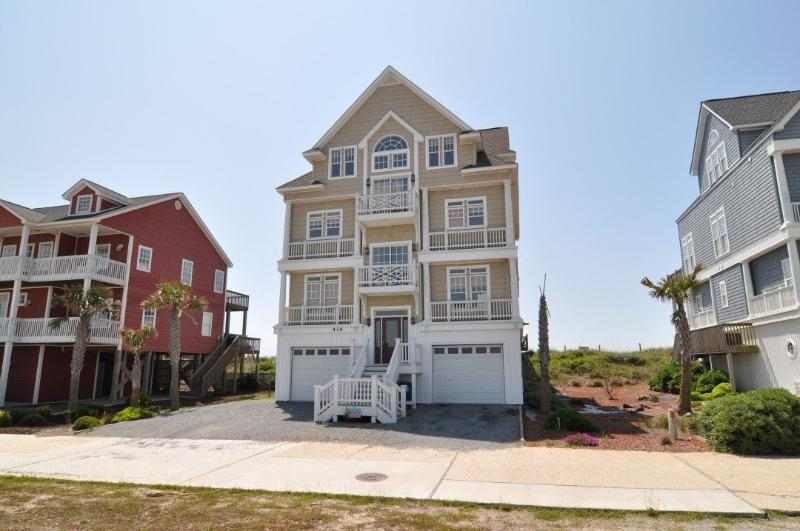 436 New River Inlet Rd - New River Inlet Rd 436 Oceanfront! | Hot Tub, Elevator, Jacuzzi, Fireplace, Internet, Wedding Friendly - North Topsail Beach - rentals