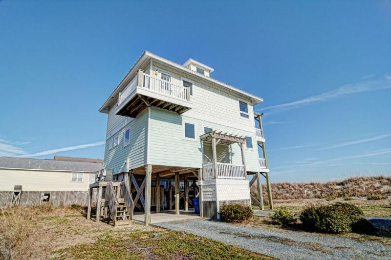 321 Topsail Rd - Topsail Road 321 Oceanview! | Cute Beach Cottage only steps away from the beach access - North Topsail Beach - rentals