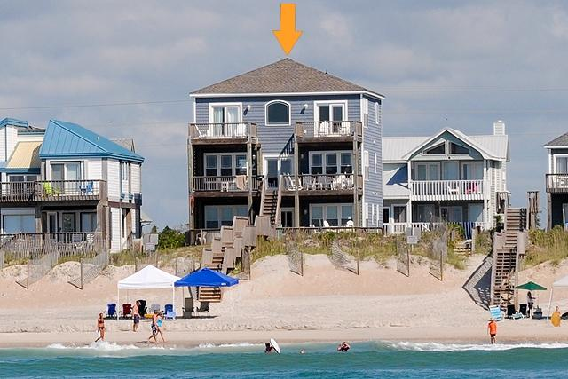 I'm on a boat! - Island Drive 4384 Oceanfront! | Hot Tub, Jacuzzi, Elevator, Internet - North Topsail Beach - rentals