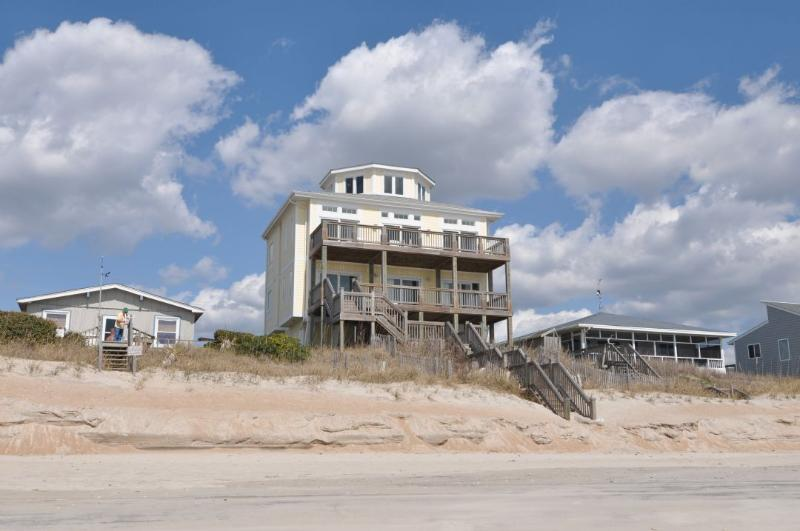 2322 S Shore Drive - S. Shore Drive 2322 Oceanfront! | Hot Tub, Elevator, Jacuzzi, Internet, Wedding and Pet Friendly - Surf City - rentals
