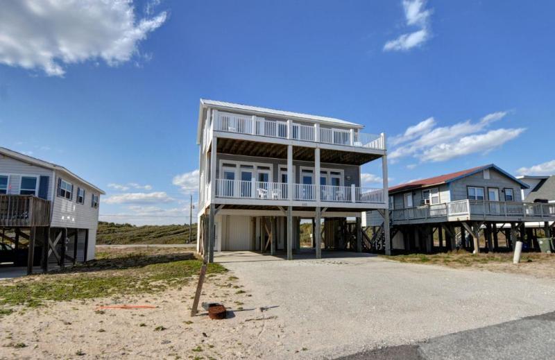 649 Ocean Dr - Ocean Drive 649 Oceanview!   Internet - North Topsail Beach - rentals