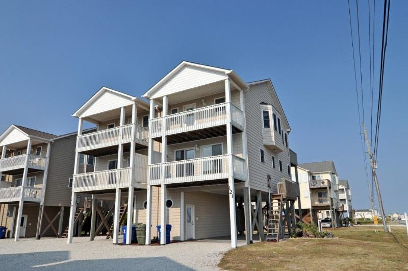 121 Volusia Drive - Volusia Drive 121 Oceanview! | Jacuzzi, Internet - North Topsail Beach - rentals