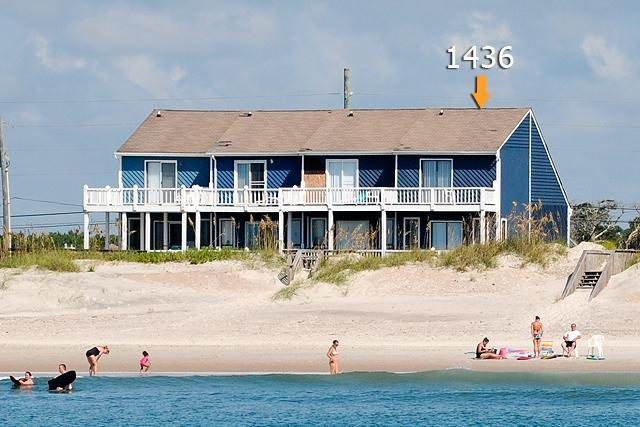 I'm on a boat! - New River Inlet Rd 1436 Oceanfront! |  Jacuzzi - North Topsail Beach - rentals