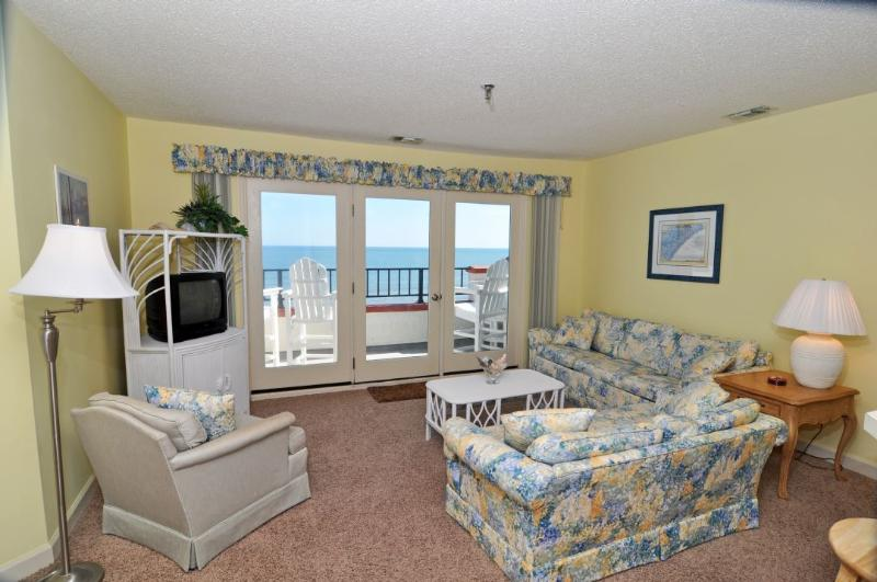 Living Room - Villa Capriani 416-A Oceanfront | 3 Pools, Largest Pool on NC Coast, 2 Hot Tubs, Grill Area, Tennis Courts, Restaurant, Internet  Discounts Available- See Description!! - North Topsail Beach - rentals