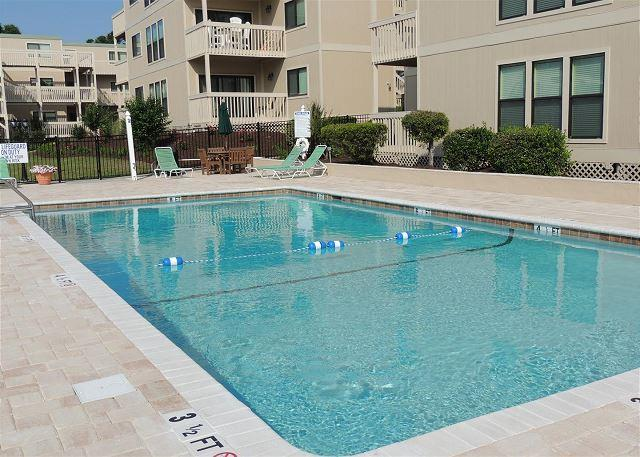 Middle Pool - Affordable, Clean, Cozy 2 Bedroom Ocean Bridge Vacation Home in Myrtle Beach SC - Myrtle Beach - rentals