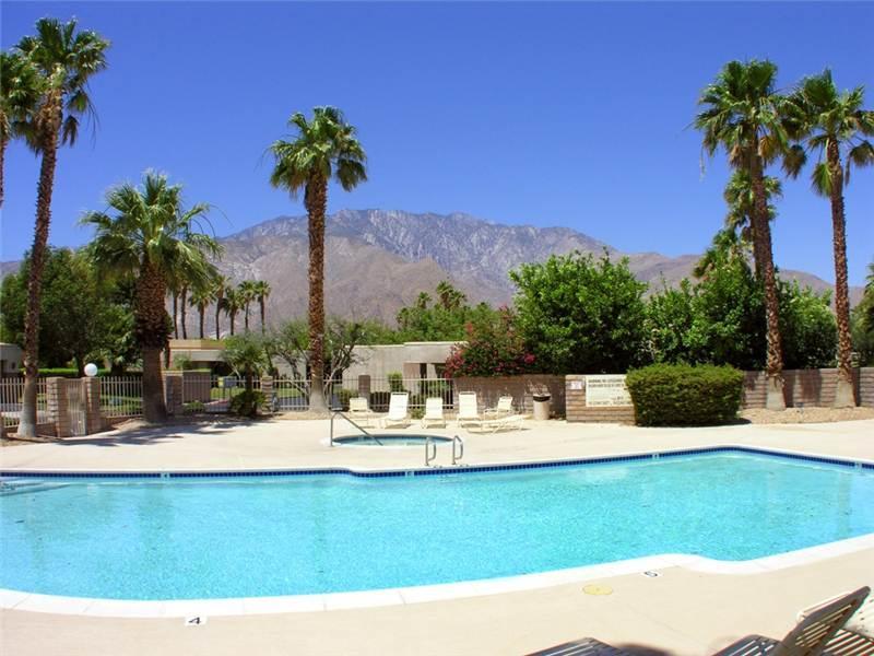 Sunrise Palms Hideaway - Image 1 - Palm Springs - rentals