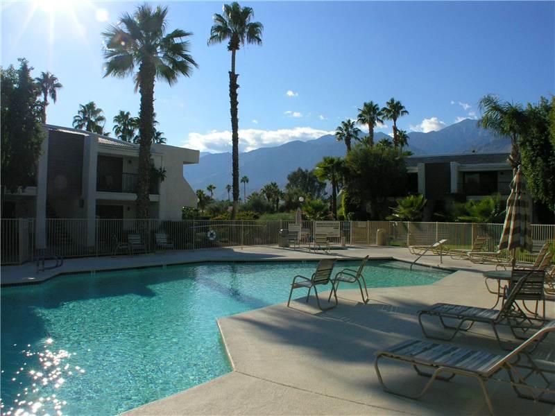 Palm Villas Comfort PV009 - Image 1 - Palm Springs - rentals