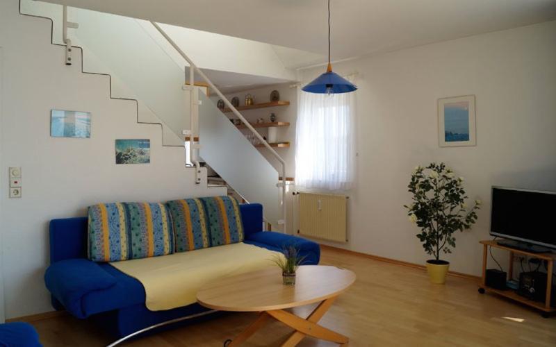 Vacation Apartment in Friedrichshafen - 646 sqft, comfortable, relaxing, warm (# 2715) #2715 - Vacation Apartment in Friedrichshafen - 646 sqft, comfortable, relaxing, warm (# 2715) - Friedrichshafen - rentals