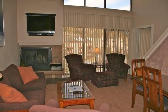 Living area - Main Level - Snowflake - Snowflake - 35286 - Copper Mountain - rentals