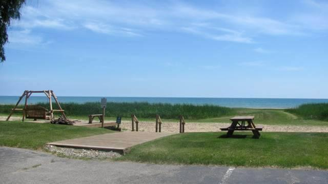 lake huron beach - SURFSIDE Condominium Resort 1 Bedroom Lake Huron - Oscoda - rentals