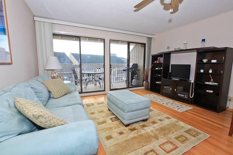 Sandpiper Cove 2055 - Image 1 - Destin - rentals