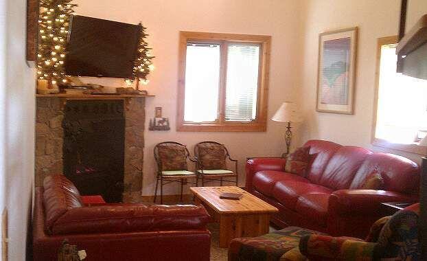 FP201 Foxpine Pet Friendly - East Village - Image 1 - Copper Mountain - rentals