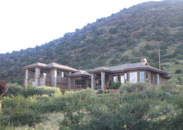 4 Bedroom, 5 Bathroom House in Sedona - Image 1 - Sedona - rentals