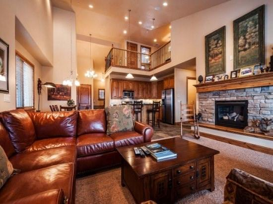 Mountain Rustic Luxury at Jordanelle Deer Valley Gondola - Lake & Ski Slope Views - 4 Bedroom - Image 1 - Park City - rentals