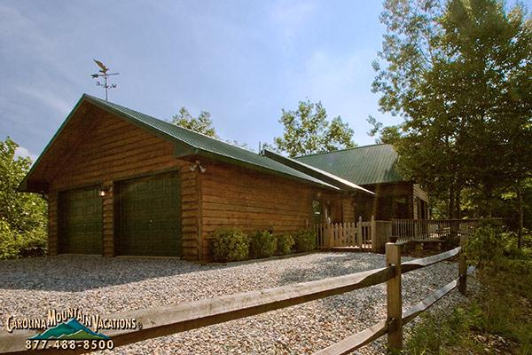 Mountain Top Lodge - Image 1 - Bryson City - rentals